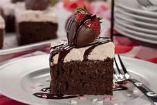 Send Cakes to Karachi